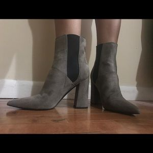 GUESS brown suede color block booties size 8